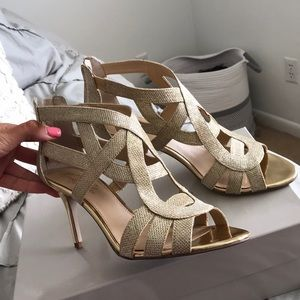 marc fisher gold heels
